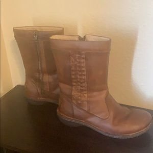 Cute brown UGG boots